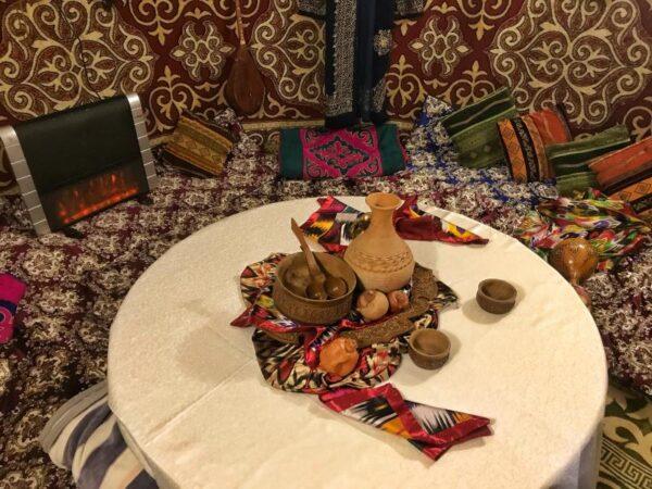 В ресторане«Алаша» в Алматы