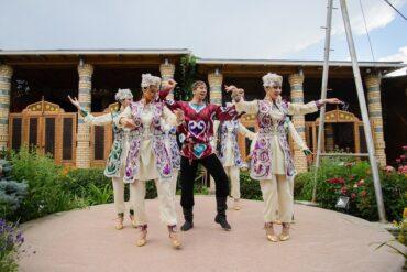 Рестораны с шоу программойв Алматы